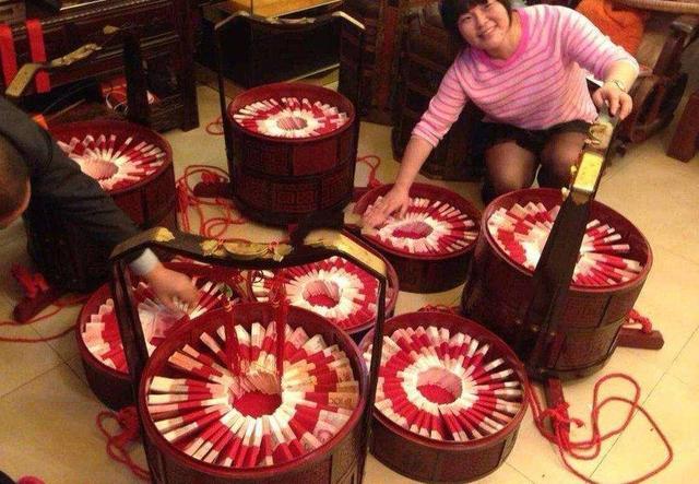 农村人结婚,彩礼中的万紫千红一片绿是什么意
