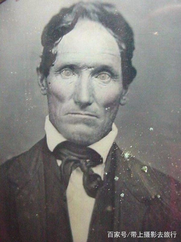 19世纪的尸体写真,每一张都是死活人!