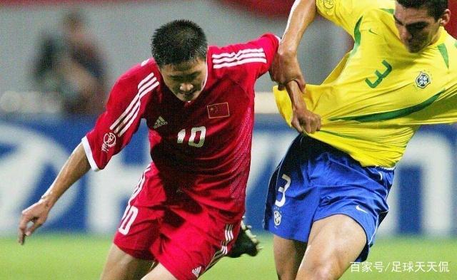 回顾,2002年韩日世界杯巴西队以全胜战绩夺冠