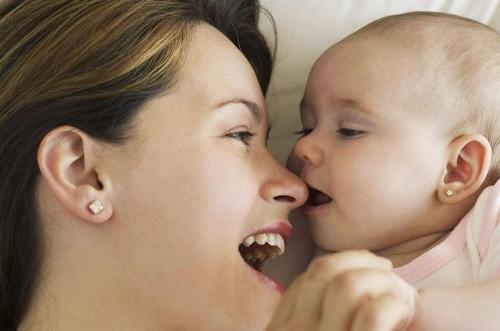宝妈月子里出汗多,是虚还是病?应该如何调理