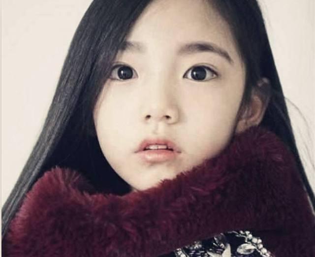 韩国6岁的小女孩,因为长相精致成为红人,连经