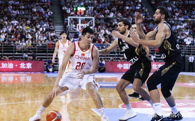世预赛中国男篮vs约旦 末节反弹完成逆转