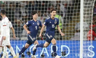 日本又一次给国足上课!贺炜赛后咬牙解说引人