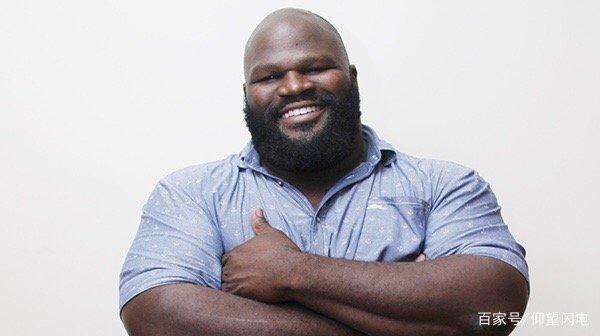 他被WWE评为全球最强壮的十大胖子之一,能把