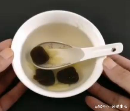 红枣加生姜泡水喝太厉害了,可惜知道的人太少