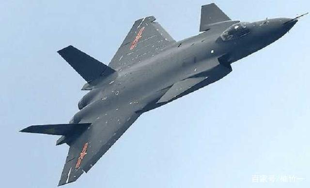 中国歼20能否吊打美国F22战机?日本学者:拥有
