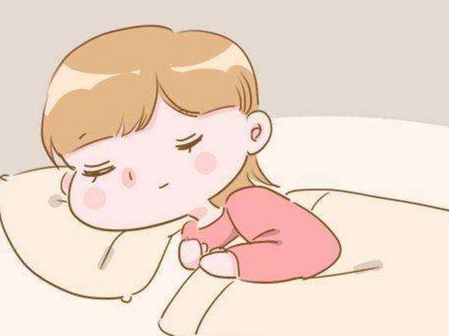 孕妇壹平躺,胎触动就什分清楚,是怎么回事?看完