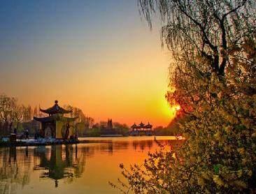 十二首描写西湖的古诗词,平湖白鹭飞,唐宋诗词
