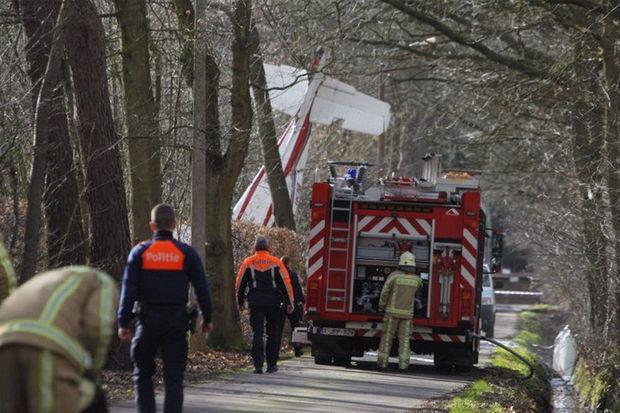 一架飛機在比利時墜毀 乘客和駕駛員兩人不幸身亡